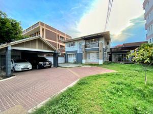 For SaleHouseLadprao 48, Chokchai 4, Ladprao 71 : [[Sell]] Single House, Rare Location, 122 Chokchai 4 Parquet, Makha wood